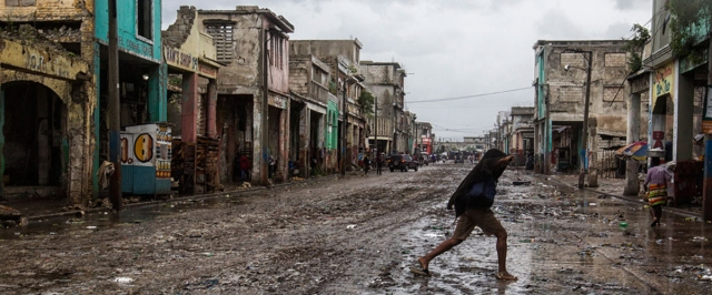 puerto-principe-haiti-dia-internacional-para-la-reduccion-de-los-desastres-juan-nieto-director-de-seguridad